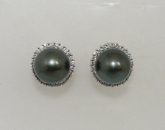 Tahitian Black Pearl Earrings 18K White Gold and Diamond 1.10ct