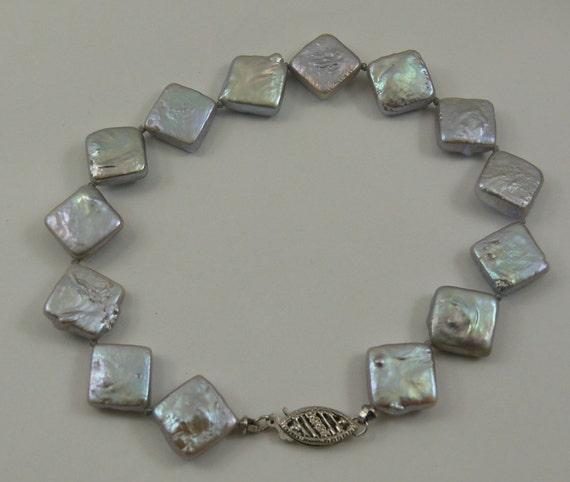 "Freshwater Gray Pearl Bracelet 14k White Gold Clasp 8"" Long"