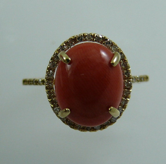 Coral 11.0 x 9.0 mm Ring 14k Yellow Gold and Diamonds 0.20ct