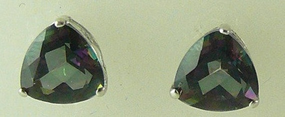 Mystic Topaz 2.24ct Stud Earring 14k White Gold