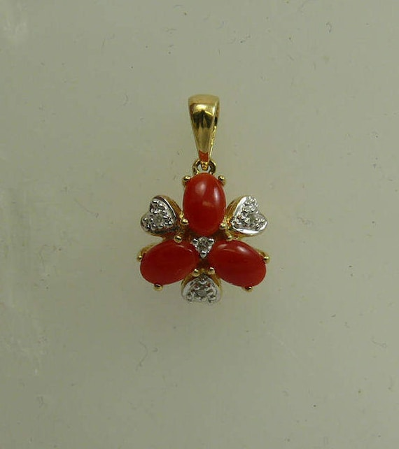 Coral Pendant with Diamonds 0.04ct 14k Yellow Gold