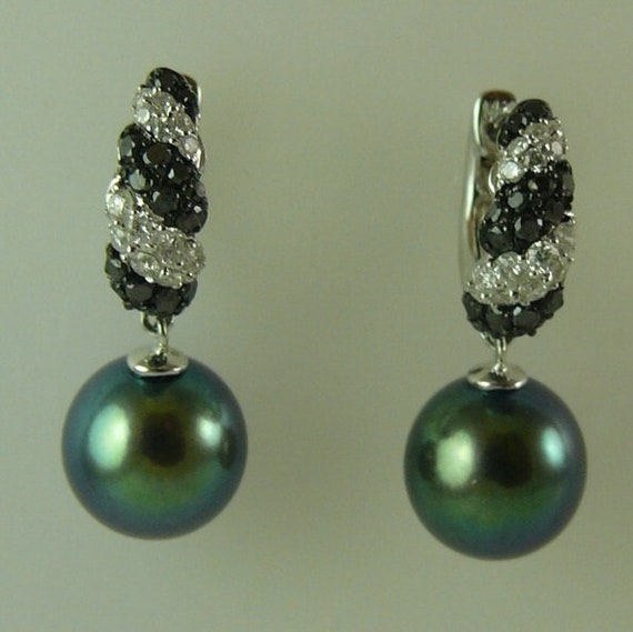Freshwater Black 9.3mm x 9.5mm Pearl Earring with Diamonds 0.73ct 14k White Gold