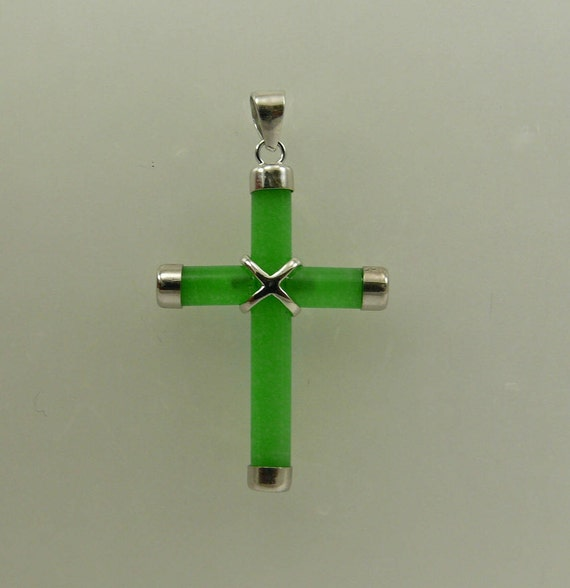 Green Jade Cross Pendant with Sterling Silver