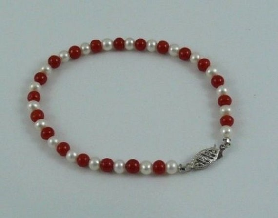 """Freshwater White Pearl and Italian Coral Bracelet with 14k White Gold Clasp 7"""""""