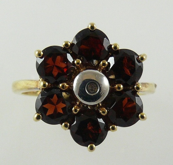 Garnet Ring 2.70ct - 14k Yellow Gold & White Gold with Diamond