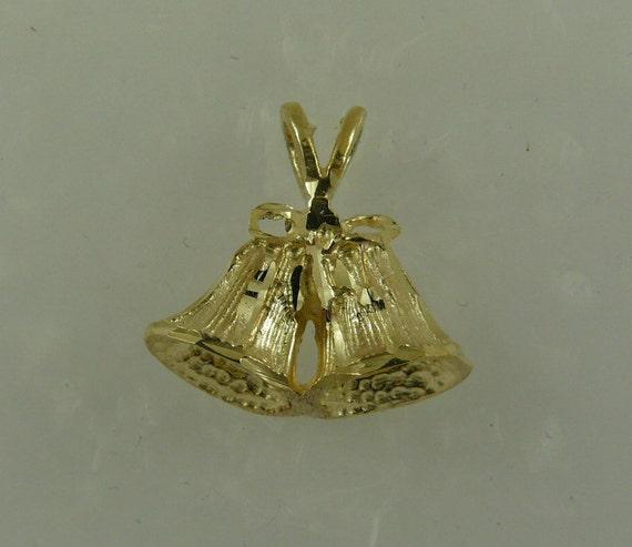Bell Pendant 14k Yellow Gold