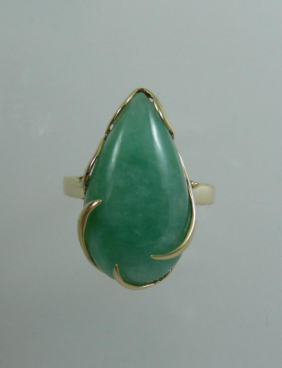 Green Jade 19.5 x 11 mm Pear Shape Ring 14k Yellow Gold