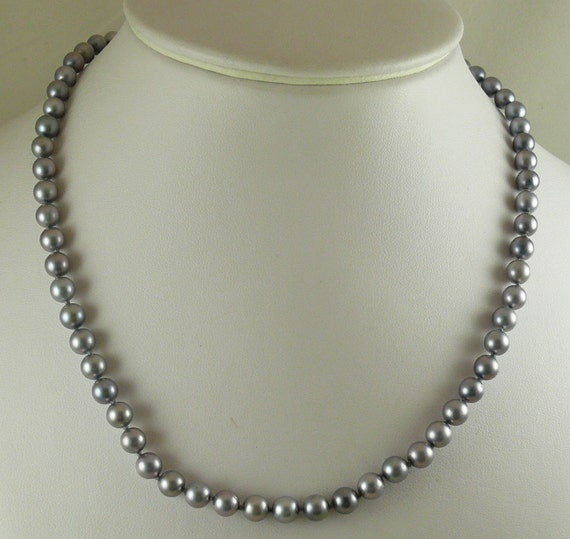 "Akoya Gray 5.8 x 6.3 mm Round Pearl Necklace 14k White Gold Clasp, 18"" Long"