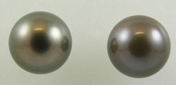 Tahitian 10.6mm Black Pearl Stud Earring 14K Yellow Gold