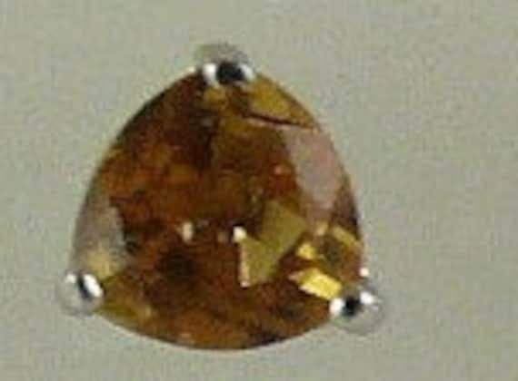 Citrine 0.85ct Stud Earring 14k White Gold