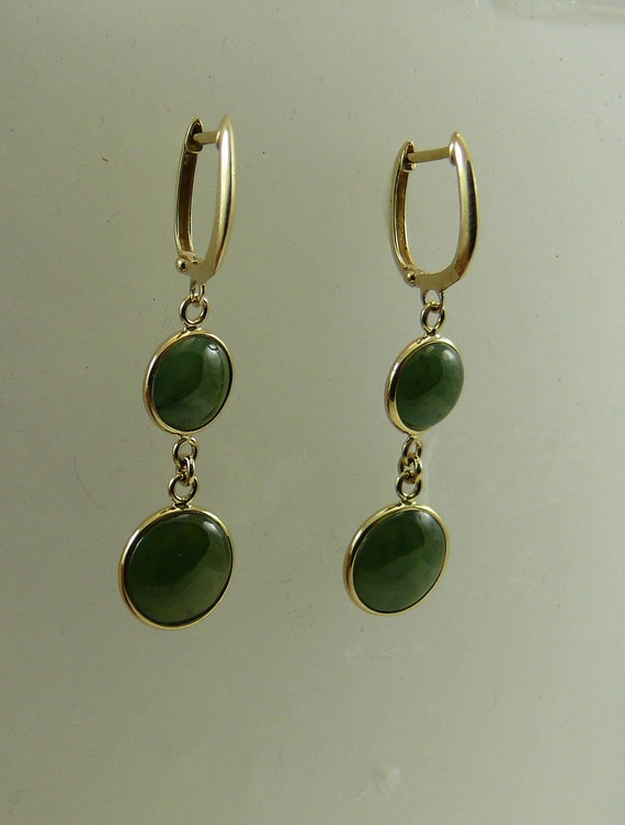 Green 11.0 mm Jade Earrings 14k Yellow Gold