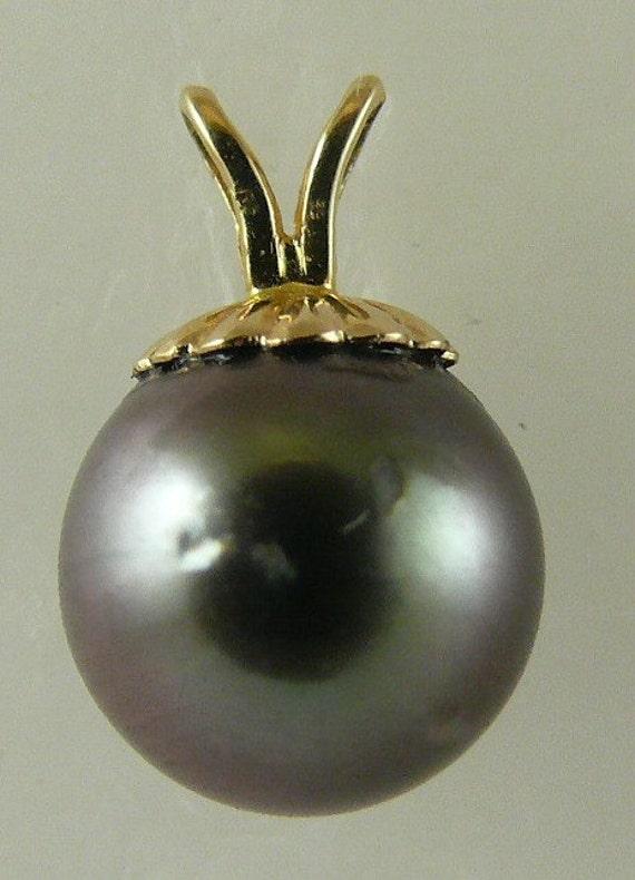 Tahitian Black 9.1mm Pearl Pendnat 14k Yellow Gold