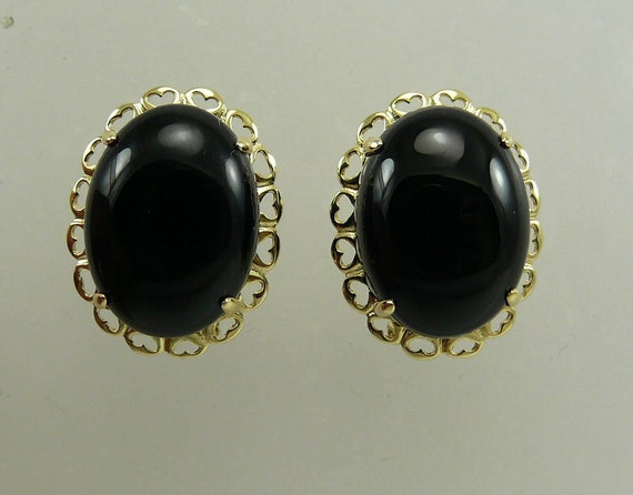 Black Onyx 12.2 MM x 16.3 MM Earring 14k Yellow Gold