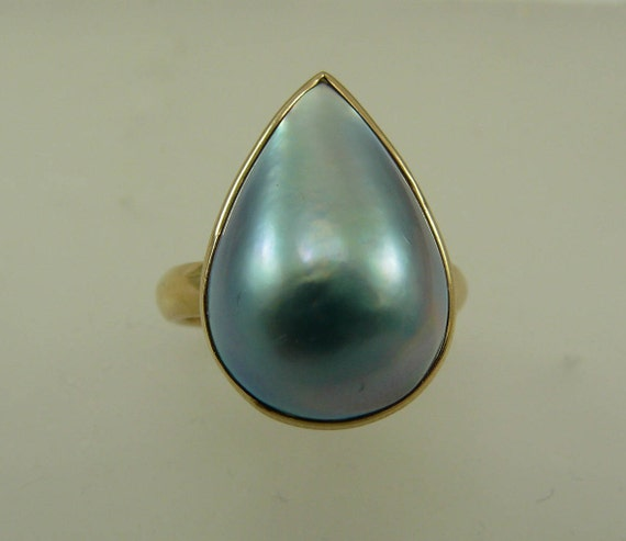 Mabe Blue Pear Shape Pearl Ring with 14k Yellow Gold