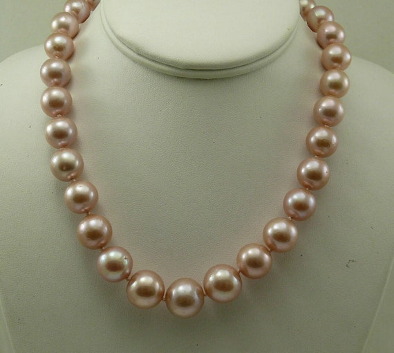 Freshwater Pink Pearl Necklace 14k Yellow Gold Clasp 18 Inches Long