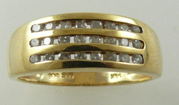 Diamond Ring 0.30ct - 14k Yellow Gold