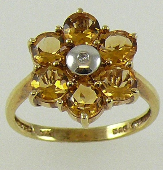 Citrine Ring 2.70ct - 14k Yellow Gold with Diamonds