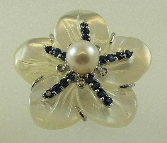 Mother of Pearl with Sapphire,Cultured Pearl & Dia Flower Ring with Silver