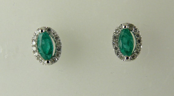 Emerald 0.44ct Earring 14k White Gold with Diamonds 0.17ct