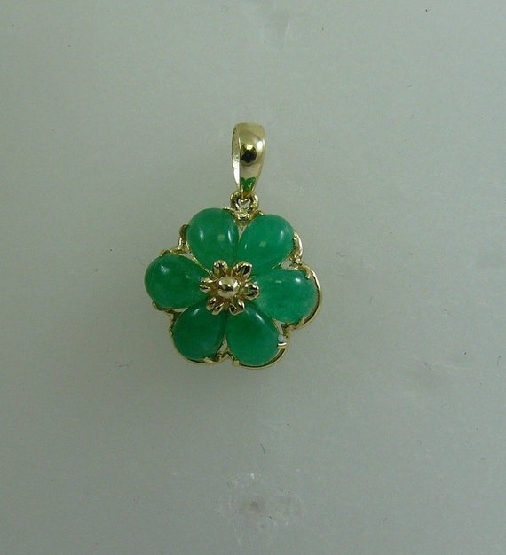 Green Jade 4 mm x 6 mm Flower Pendant With 14K Yellow Gold