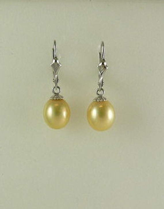 Freshwater Golden 8.5 x 9.7 mm Pearl Earring 14k White Gold