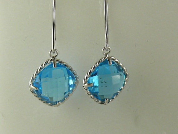 Blue Topaz 11.7ct Earring 14k White Gold
