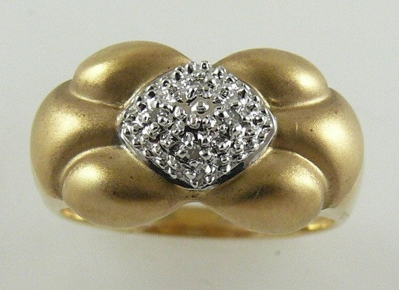 Diamond Rings 0.10ct - 14k Yellow Gold