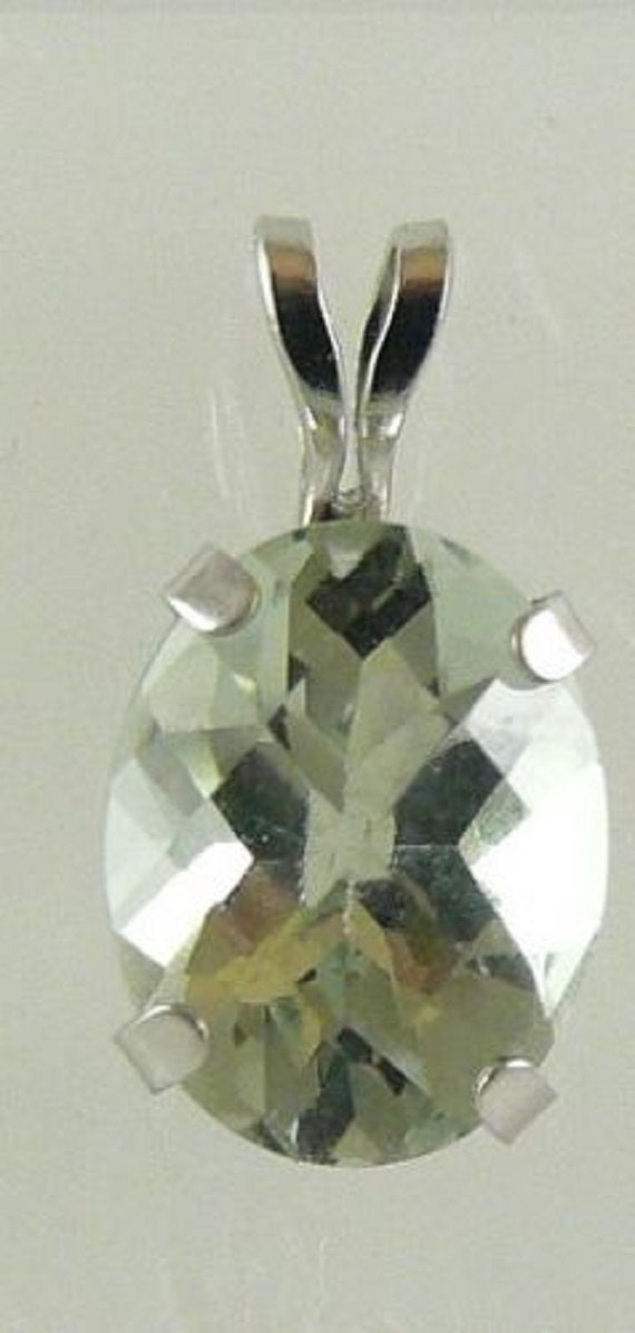 Green Amethyst 1.75ct Pendant 14k White Gold