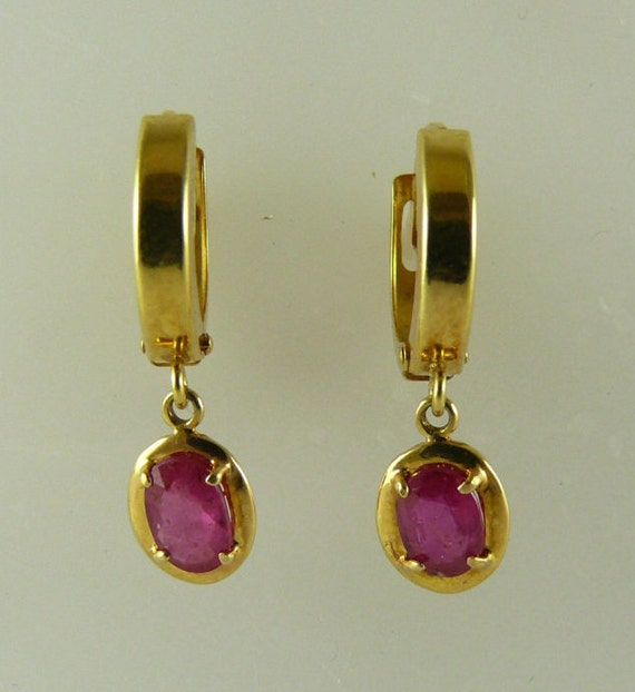 African Ruby 1.06ct Earrings Oval, Red,14k Yellow Gold Huggie Style