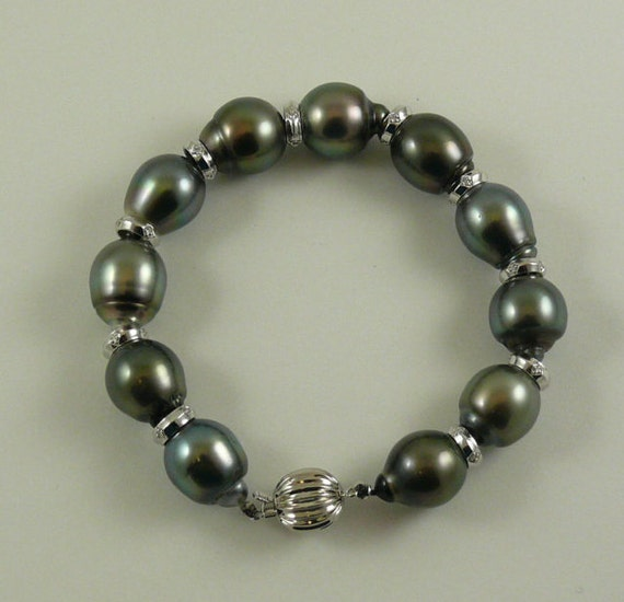 Tahitian Black 14.5mm x 12mm Pearl Bracelet with Dia 0.18ct 14k White Gold 8 Inches