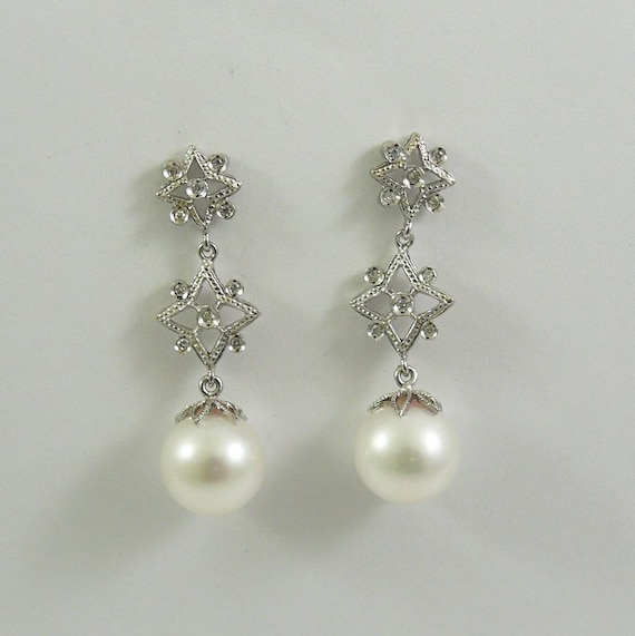 Freshwater White Pearl Earrings With 14k White Gold and Diamonds