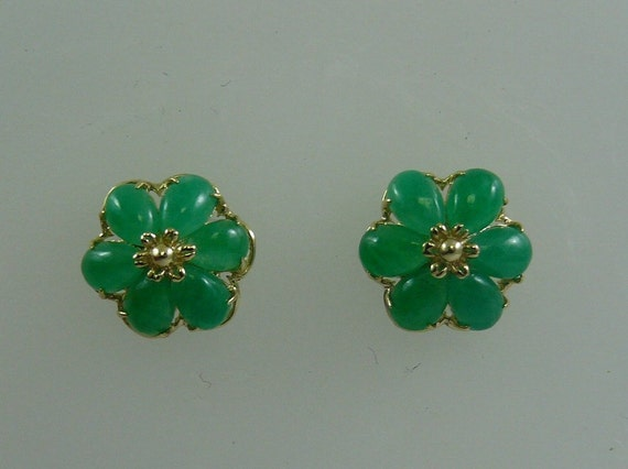 Green Jade Stud Earrings 14k Yellow Gold