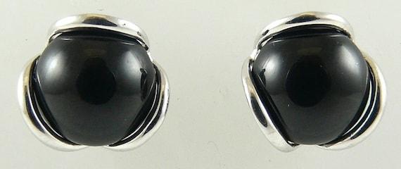 Black Onyx 7.8MM Earring 14k White Gold