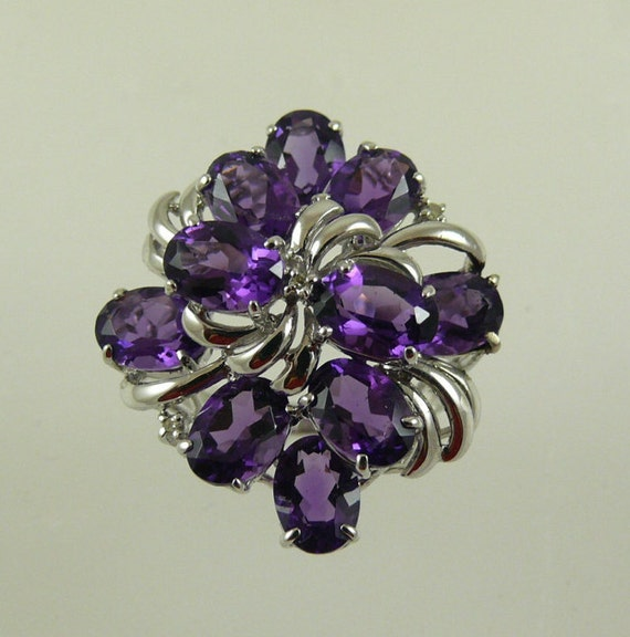Amethyst Purple 7.01ct Oval Cluster Ring 14k White Gold and Diamonds 0.02ct
