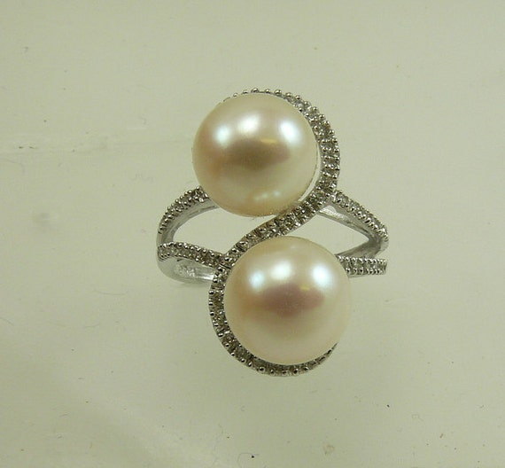Freshwater White Pearl Ring with Diamonds 0.22ct 14k White Gold