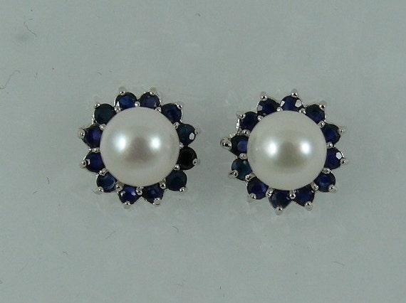 Akoya 6.6 mm White Pearl Earring and Sapphire 0.85ct Jackets 14k White Gold
