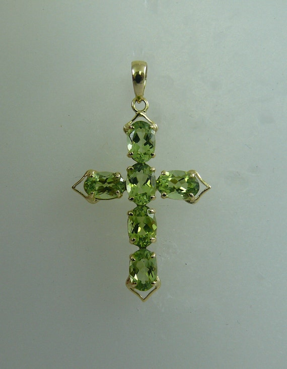 Peridot 2.85ct Cross Pendant With 14K Yellow Gold