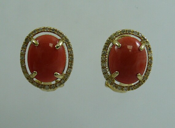 Coral 10.8 x 8.7 mm Earring 14k Yellow Gold and Diamonds 0.28ct