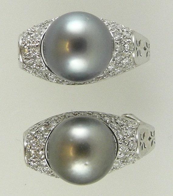 Tahitian Black 10.7mm Pearl Earring 18K White Gold & Diamonds 0.80ct