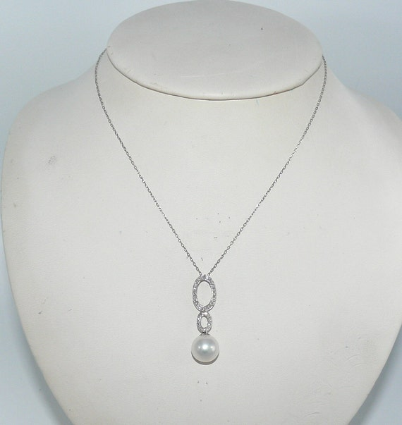 Freshwater White Pearl and Diamond Pendant with 14k White Gold Chain 16 Inches