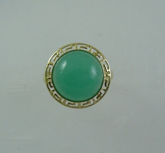 Green Jade 12.0 mm Ring 14k Yellow Gold