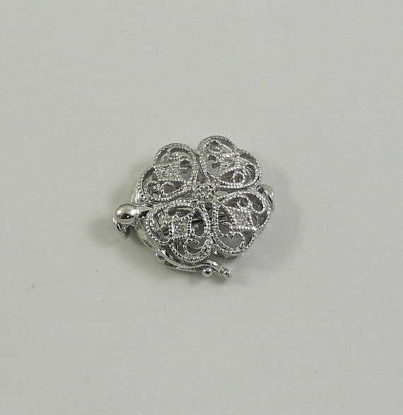 Diamond 0.05ct Clasp 14k White Gold