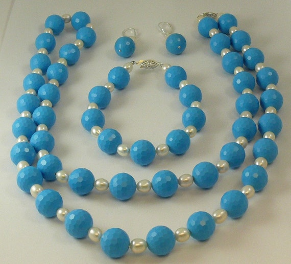 Freshwater White Pearl and Blue Beads Necklace, Earring and Bracelet Set
