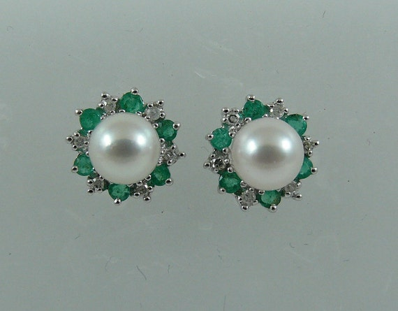 Akoya 6.2 mm Pearl Earring and Emerald 0.38ct and Diamond Jackets 14k White Gold
