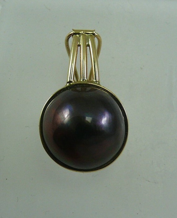 Black Mabe Pearl 14.6 mm Pendant 14k Yellow Gold