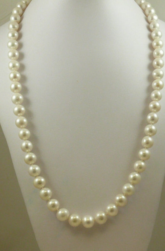 Freshwater White Pearl Necklace 14k White Gold Clasp 34 1/2 Inches