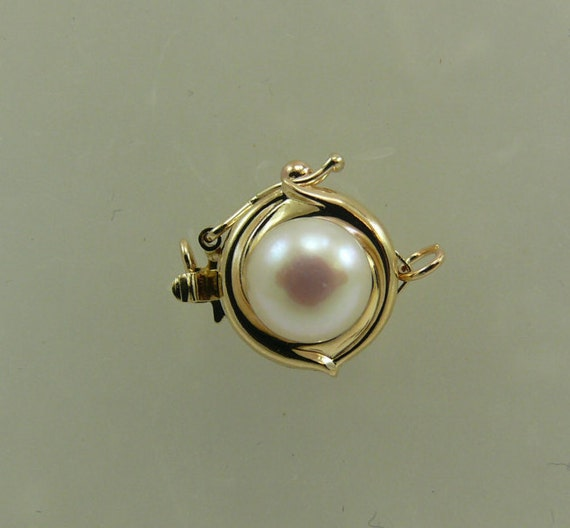 Freshwater White 6.6mm Pearl Clasp with 14K Yellow Gold for Single Strand