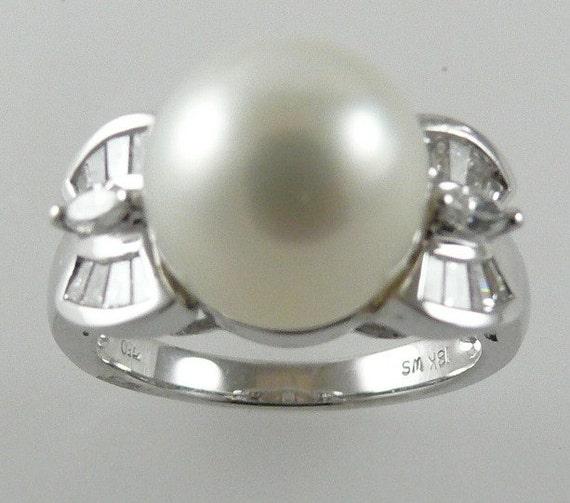 South Sea White 10.8mm Pearl Ring18K White Gold& Diamonds 0.40ct