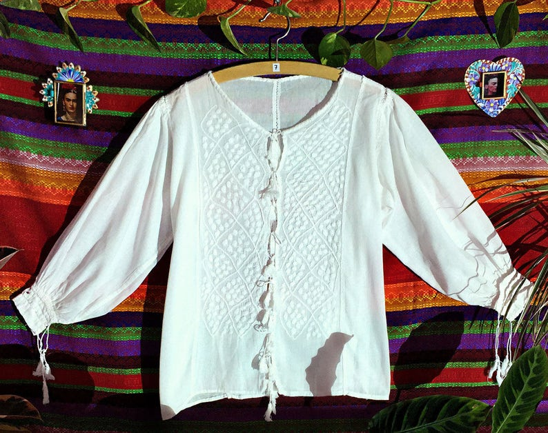 Mexican folk art spring blouse Mayan handcraft Mexican Summer Blouse womens blouse hand embroidered blouse white cotton blouse