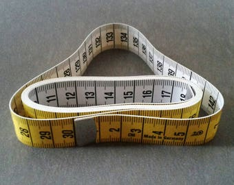 150 cm yellow and white tape measure